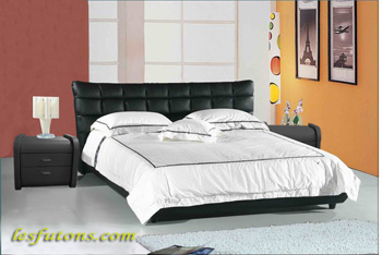 lit en cuir tous les plus beaux futons du net. Black Bedroom Furniture Sets. Home Design Ideas